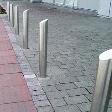 Парковочные столбики